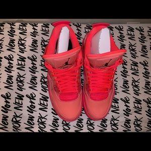 separation shoes 7a941 868b7 Jordan Shoes - WomenJordan Retro 4 s, hot punch black volt size 9
